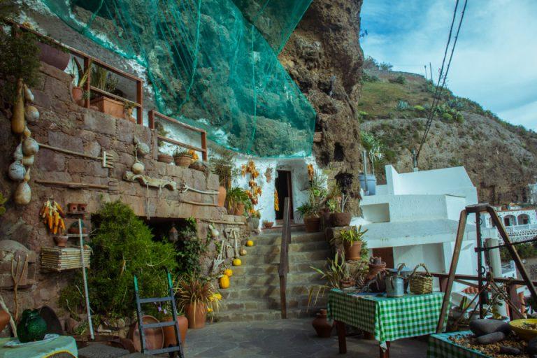 cave house in gran canaria